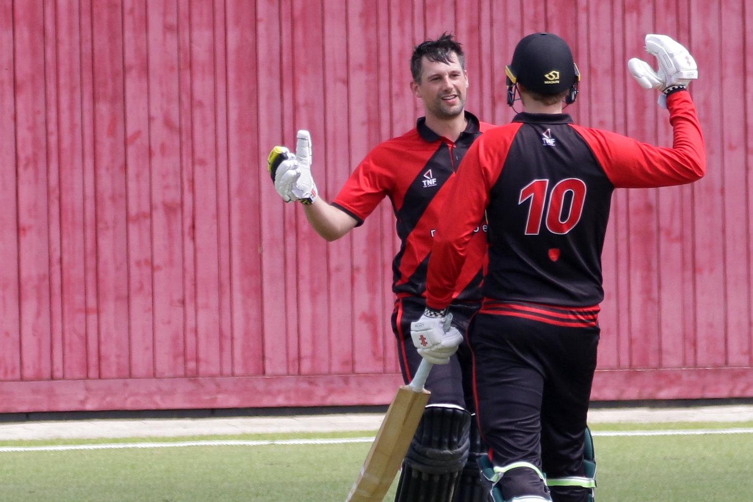 Cricketers versterken koppositie met winst op HBS